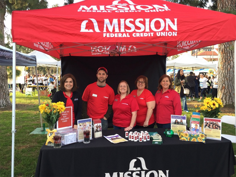 Mission Fed employees supporting Finish Chelsea's Run and Chelsea's Light Foundation.